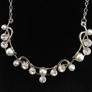 Love Story- Pearl/Silver set